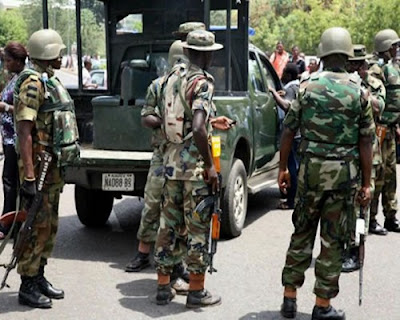 Nigerian troops 'intercept Boko Haram suicide bomb squad'