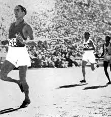 Beccali storms home to win the gold medal at Los Angeles in 1932