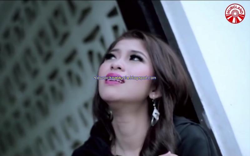 http://slowrockmalaysia.blogspot.co.id/2016/07/penuh-kepalsuan-elsa-pitaloka.html