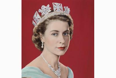 Nữ hoàng Elizabeth-2 thời trẻ
