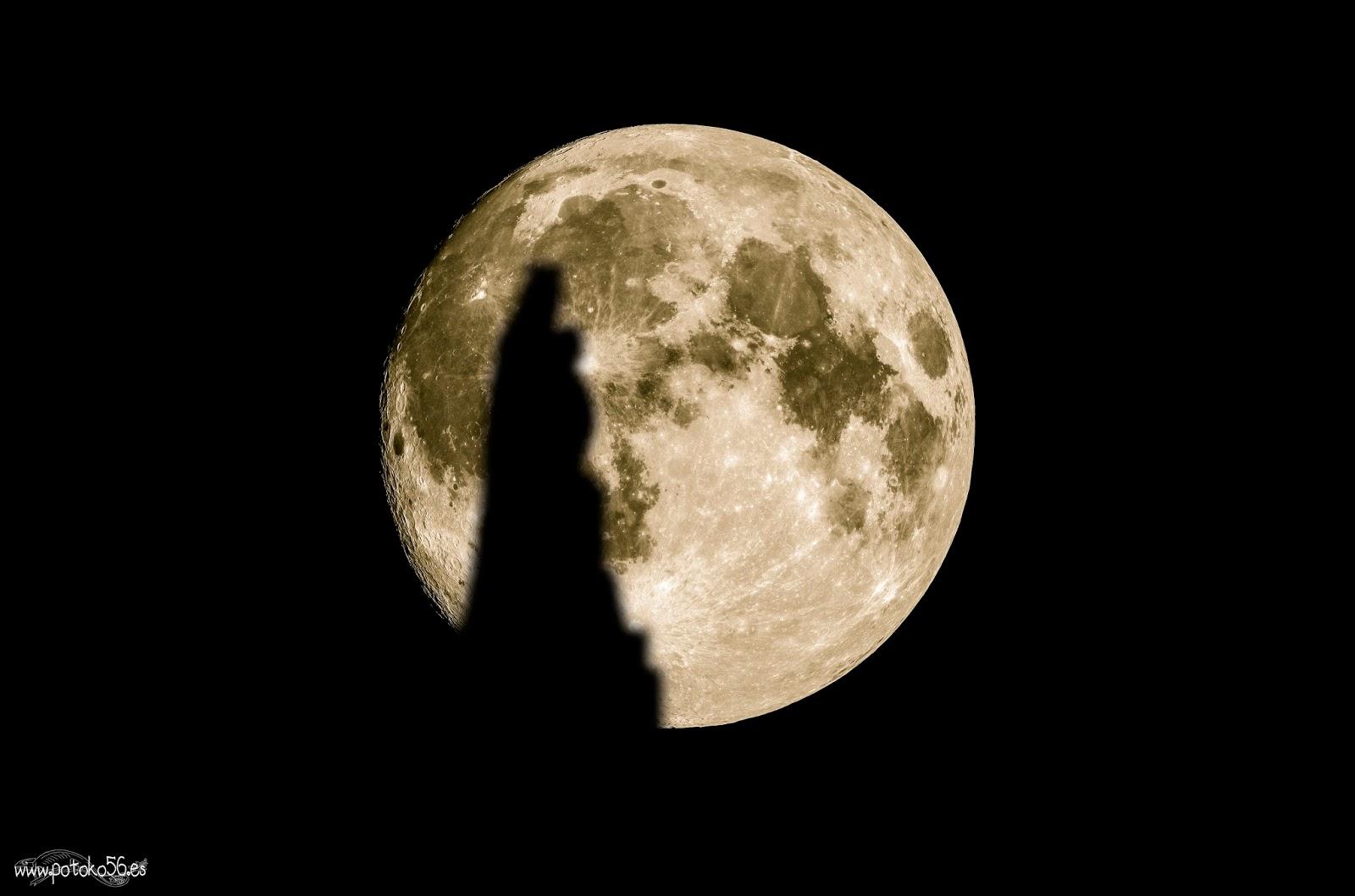 La Luna llena y la Virgen del Carmen Muelle de Rota
