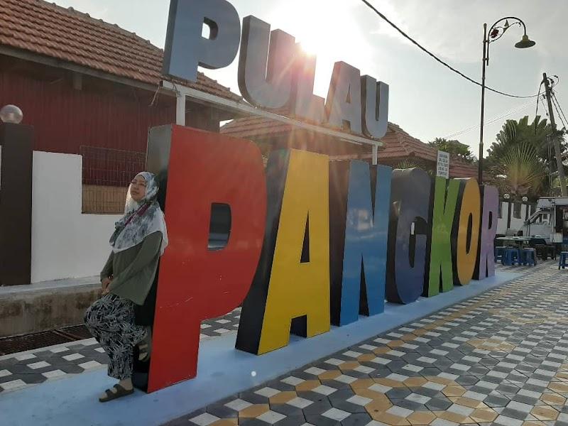 Tempat Menarik Pulau Pangkor 2020: Pantai Pasir Bogak, Kota Belanda, Fu Lin Kong Temple, Laksa Mee Pangkor dan Pulau Bebas Cukai
