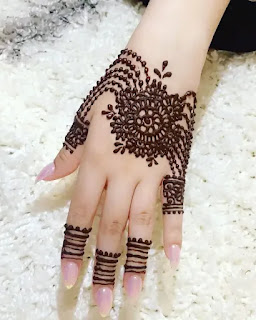 Dot_with_jewellery_mehndi_design