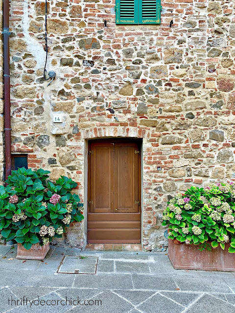 Flowers and door in Tuscany