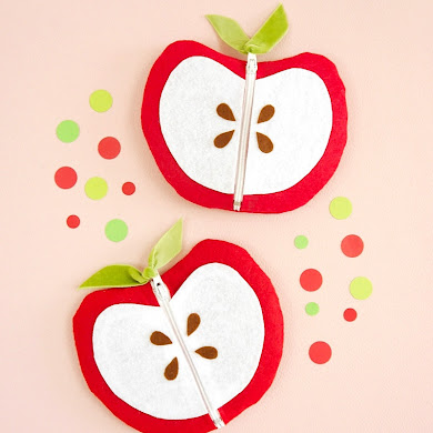 DIY Apple Shaped Zipper Pouch