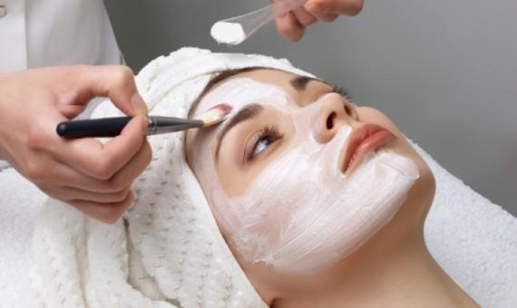 وصفات طبيعية لتشقير الشعر