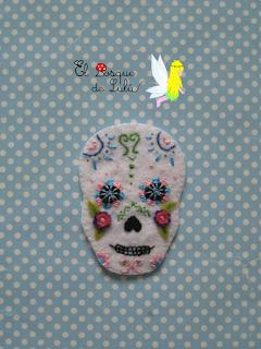 broche-fieltro-calavera-mejicana-mexicana-felt-elbosquedelulu-halloween-diadelosmuertos-regalo-personalizado-felt-feltro