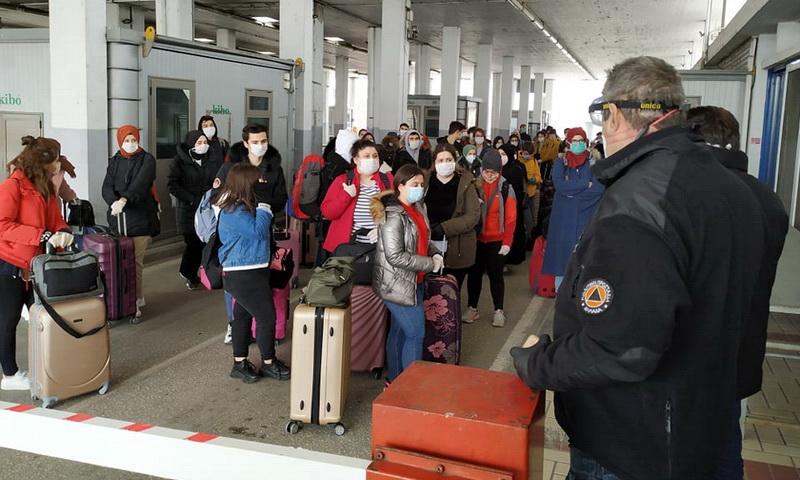 Αρνητικά όλα τα δείγματα της δεύτερης εξέτασης του ΕΟΔΥ στους πολίτες που επέστρεψαν από την Τουρκία