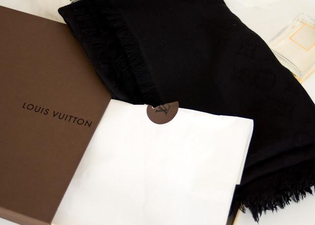 jak rozpoznać oryginalny szal Louis Vuitton?