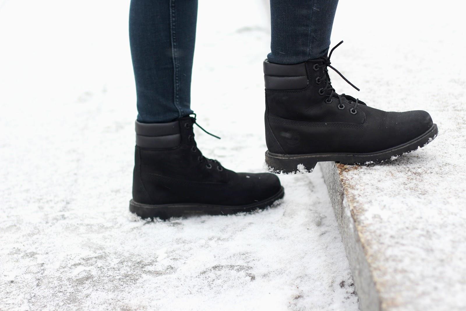 Timberlandy Białystok, czarne Timberlandy, Timberanldy trapery czarne damskie, damskie timberlandy, Timberland boots, black Timberland, female