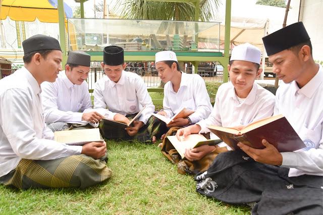 Susunan Guru Ujian Caturwulan I (satu) Tahun Ajaran 1442 H