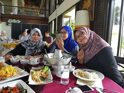 Majlis Perpisahan Pelajar Semester Akhir, majlis Perpisahan di Aroi Dee Thai Restaurant, Food review di Aroi Dee Thai Restaurant