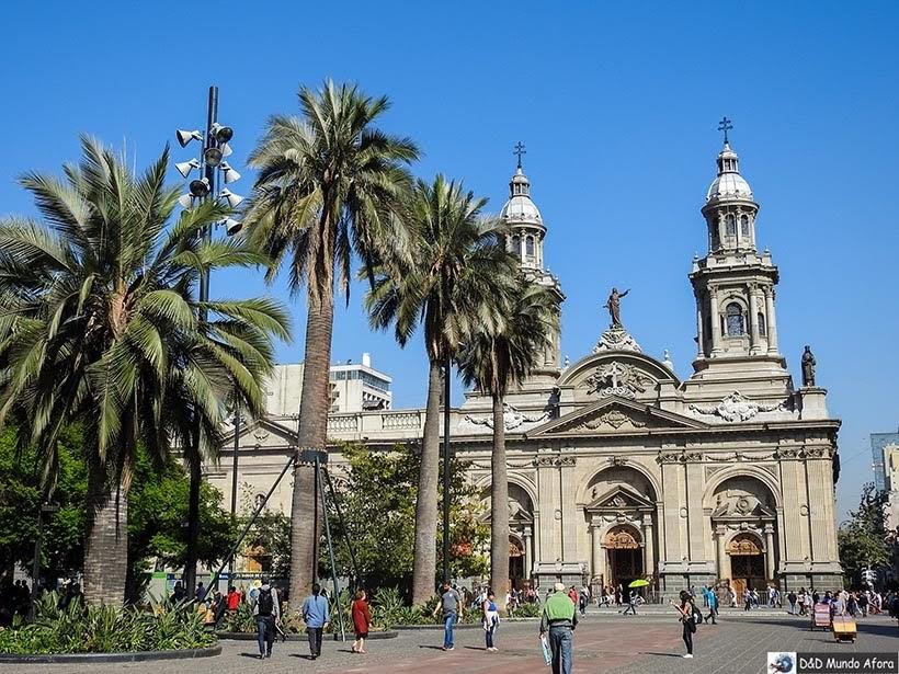 Catedral na Plaza de Armas - o que fazer em Santiago
