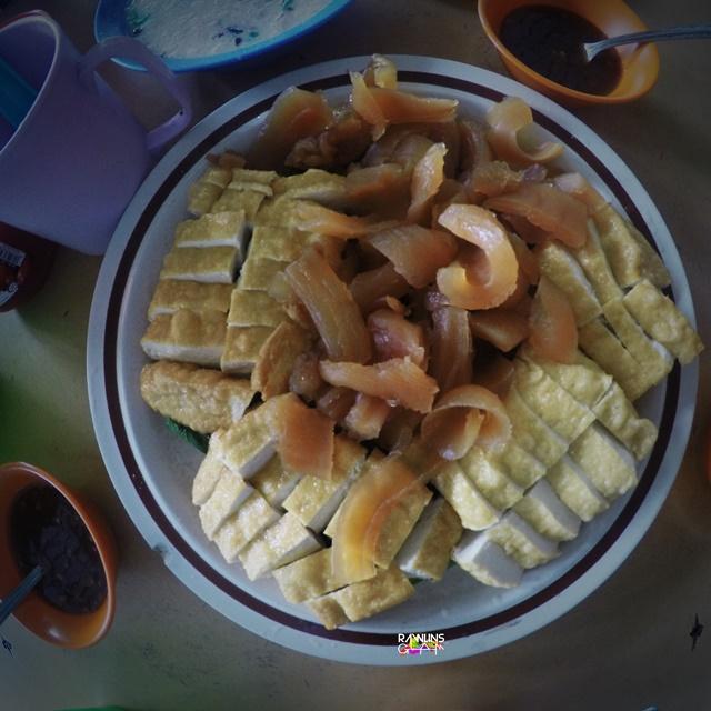 Foodie, Food porn, Mee Kolok, Mee Goreng Basah, Sotong Kangkung, Bubur Buang Panas, Makanan Lazat di Sibu, Sibu, Sarawak, byrawlins, Bubur Yu, Laksa Sarawak