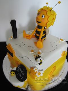 bolo aniversário abelhas doces opções