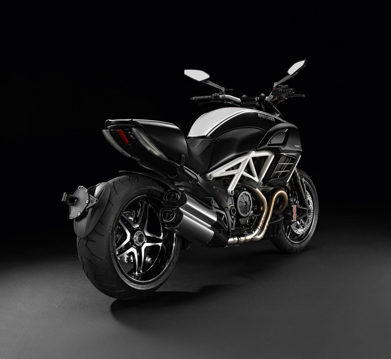 in moto Ducati 2012 Edição Especial AMG