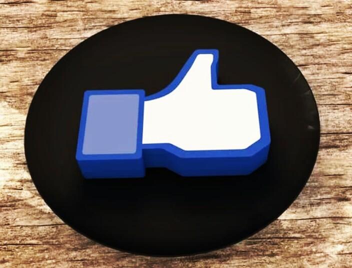 Menambah like fanspage difacebook