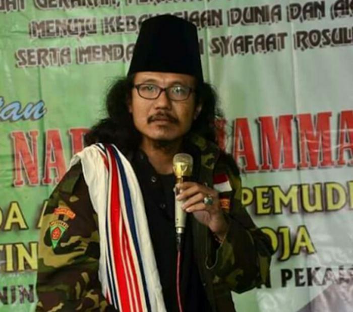 """Himbauan Kalau Bertemu Tulisan """"NKRI Tidak SAH, Indonesia Negara Thogut, Tegakkan Syariah, Khilafah Solusinya"""", Lakukan Ini!"""