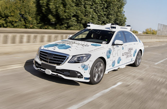 Bosch e Mercedes-Benz iniciam projeto piloto em San José para serviço de reserva de viagens automatizado