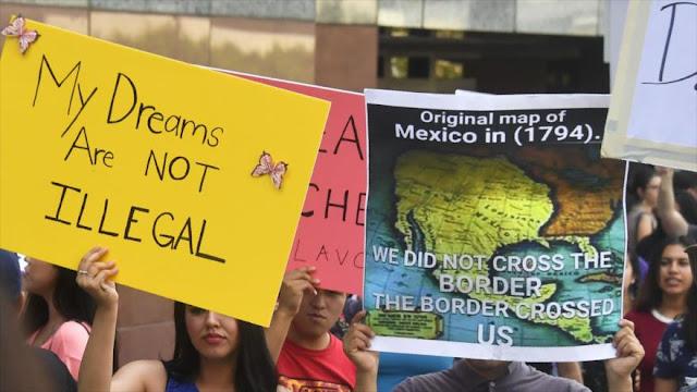 """""""Trump, decidido ya a deportar a cientos de miles de jóvenes"""""""