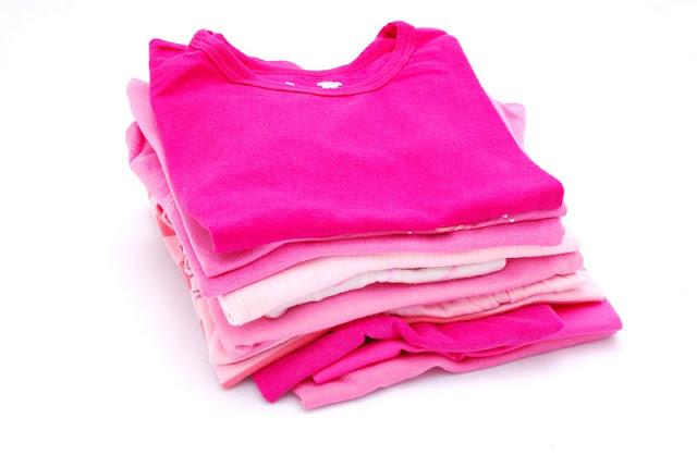 como retirar mancha de roupa colorida