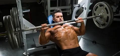 Warming up for bench press