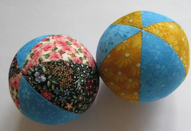 мяч из лоскутов