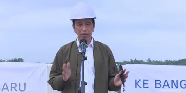 Soal Salah Sebut Padang Sebagai Provinsi, Hendri Satrio Bela Jokowi: Mungkin Presiden Lagi Banyak Pikiran