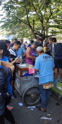 Gallery PSBR 2019 - Antrian Free Cilok  di Race Venue Gedung Sate, Pocary Sweat Run Bandung 2019