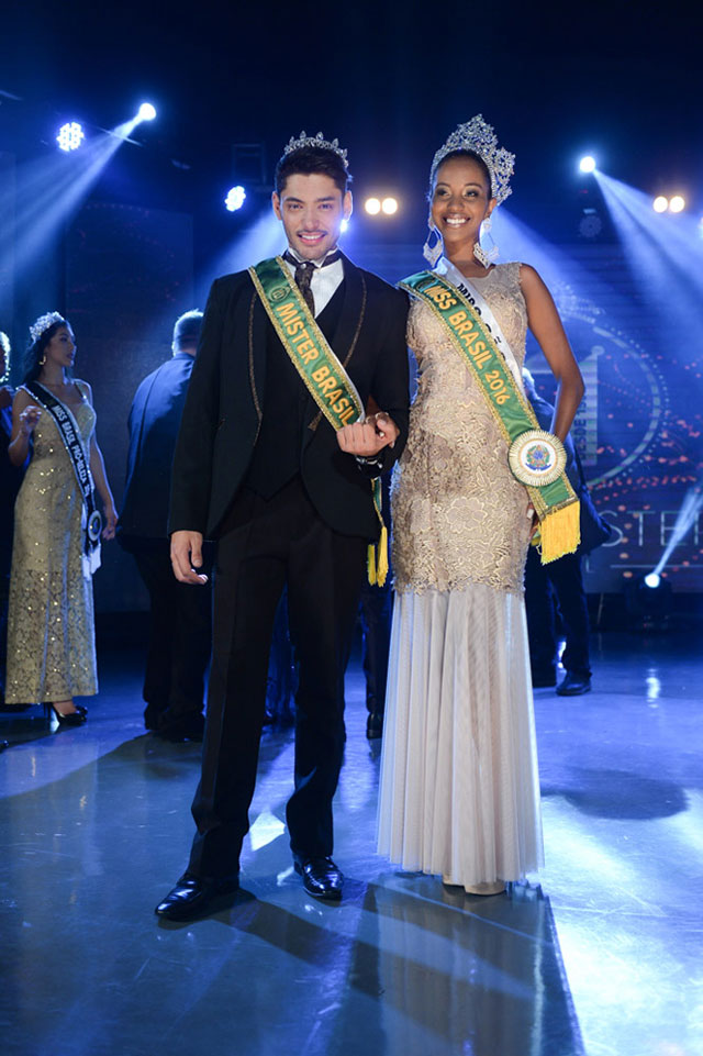 Mayrane Barbosa e Willian Herculano, a Miss e o Mister Brasil 2016. Foto: Francisco Cepeda/AgNews
