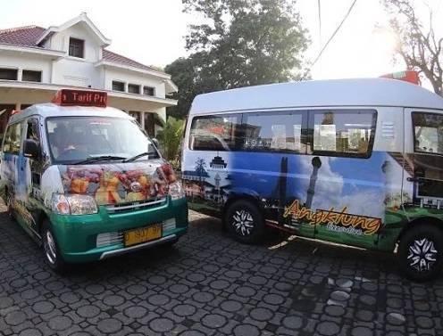 angkutan umum angklung plus ac, tv, wifi di Bandung