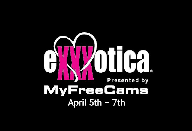 Chicago Exxxotica Expo Donald E. Stephens Convention Center