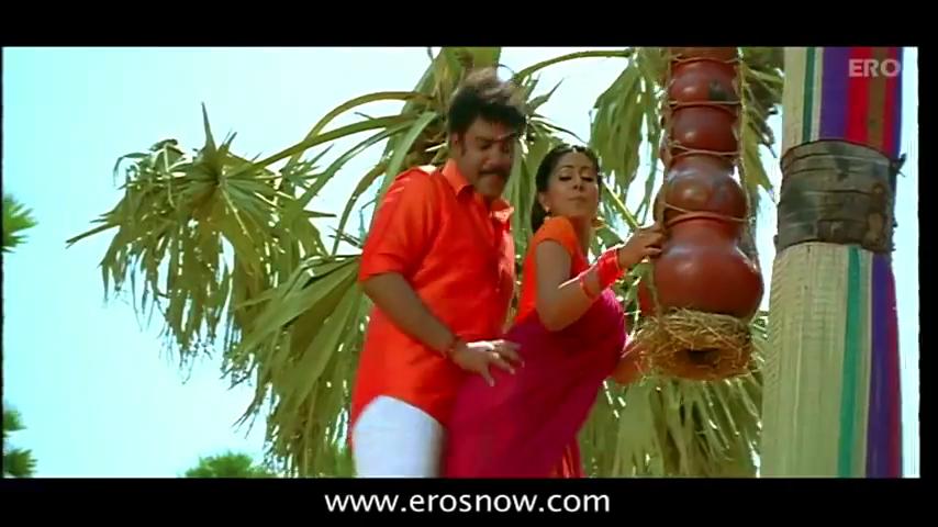 Indian Actress Sneha Tamil Movie Murattu Kaalai Boobs