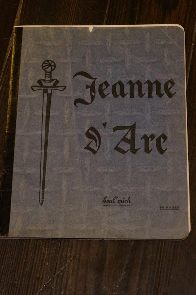 un cahier Jeanne D'Arc marque  Boul'Mich