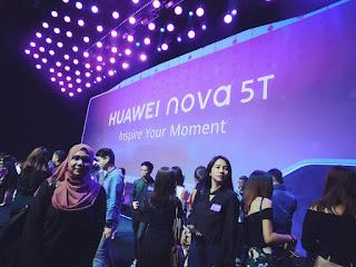 Smartphone, handphone, HUAWEI nova 5T, teknologi Quad AI camera, mini speaker giveaway,
