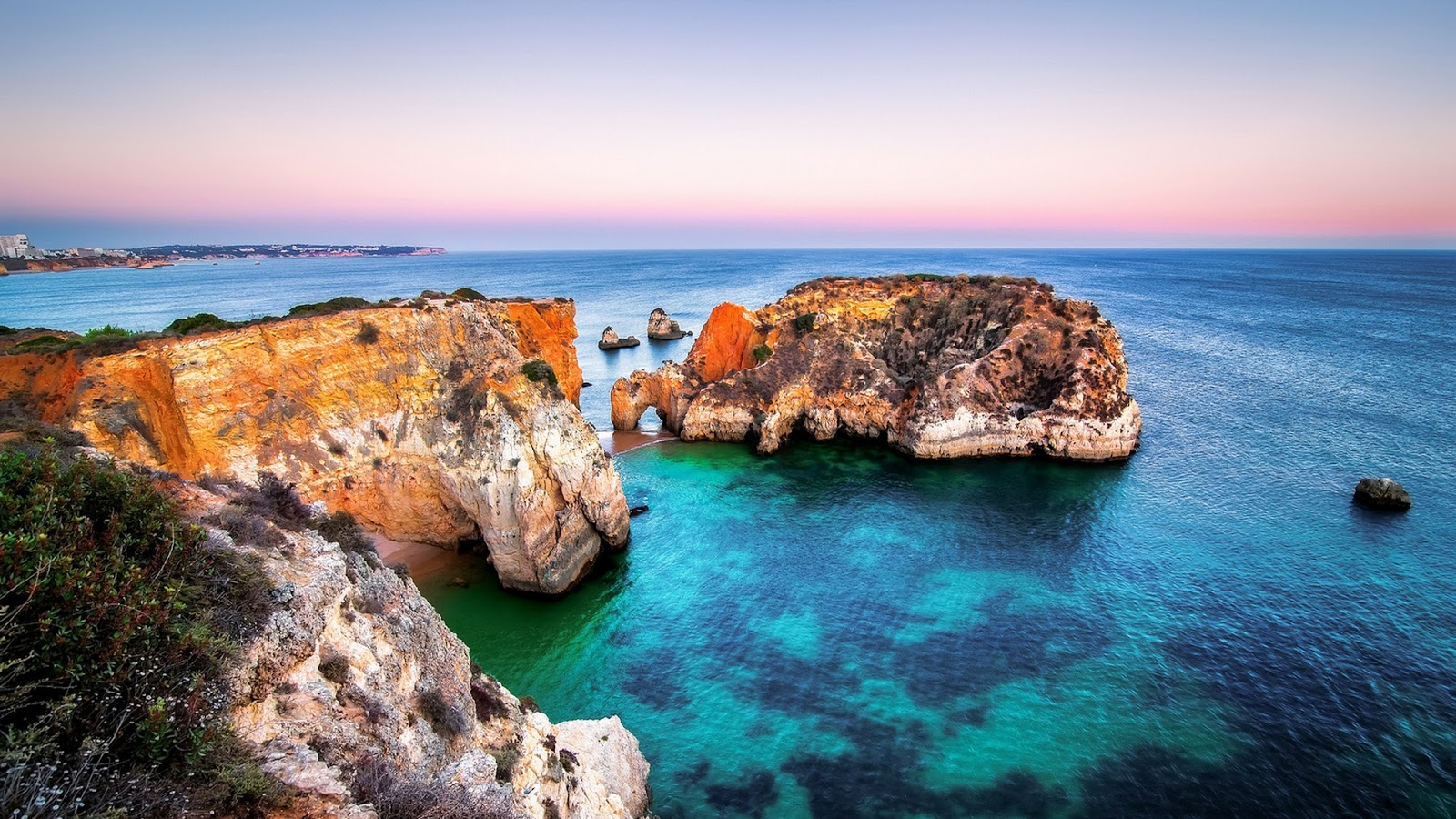 Algarve, Portugal HD Background