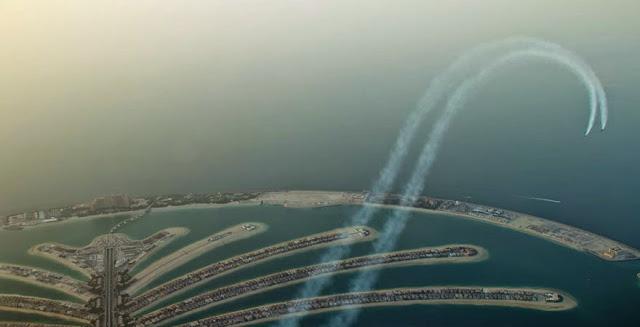 omorfos-kosmos.gr - Πετώντας με Jetpack πάνω από το Ντουμπάι (Εικόνες & Βίντεο)
