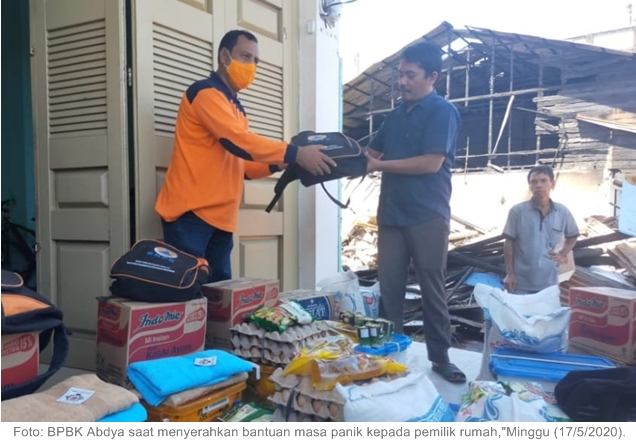 Pemkab Abdya Salurkan Bantuan Masa Panik pada Korban Musibah Kebakaran