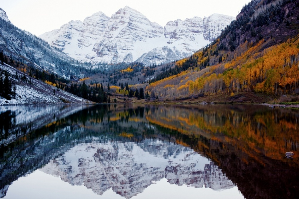 The 100 best photographs ever taken without photoshop - Autumn and winter meet in Colorado, USA