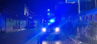Guna Mengurangi Tindak Pidana Pada Malam Hari, Polsek Baraka Polres Enrekang Lakukan Patroli Blue Light