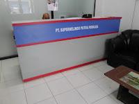 Meja Kasir Front Desk Kantor Kawasan Pergudangan