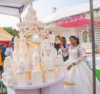 Massive Wedding Cake That Worth N1.2 Million. PHOTOS