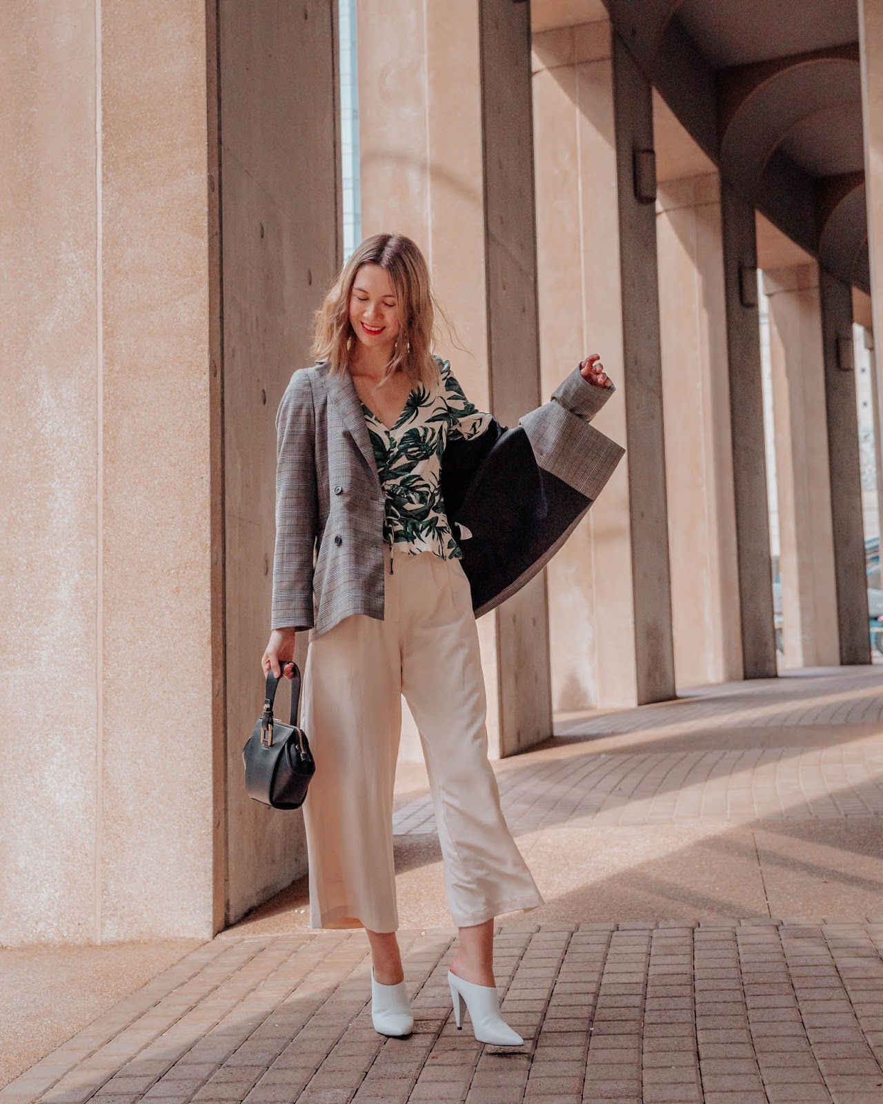 Camel tones, vancouver blogger, fall trends, fall 2018 trends, camel coat, cozy outfit for winter, fall outfit, fall style, canadian style, canadian fashion blogger, culottes, white mules, tropical print shirt, mango, chriselle lim collection, plaid blazer