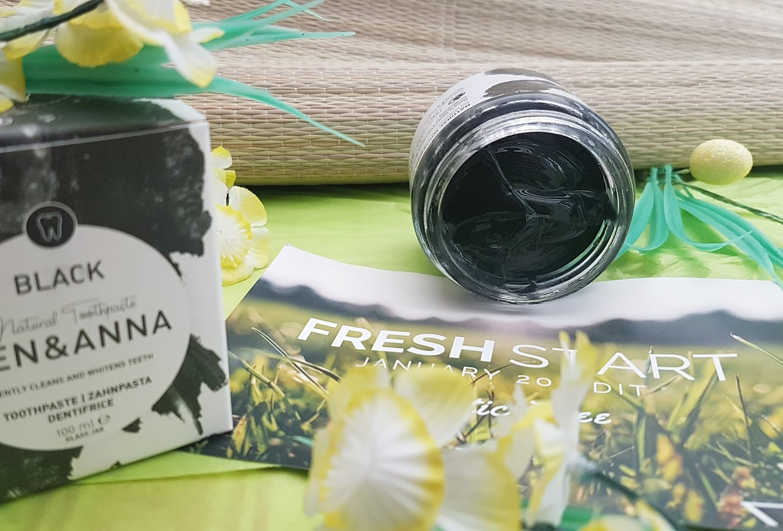 The Natural Beauty Box - Ben and Anna Charcoal Black Toothpaste Review