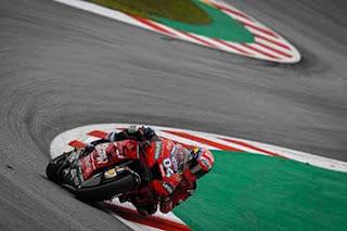 https://1.bp.blogspot.com/-VLcSVrqIKH8/XRXY9eofQrI/AAAAAAAAEGY/PZGgtyq_xysgIpkN9k11sLBkFop7OubGgCLcBGAs/s320/Pic_MotoGP-_029.jpg