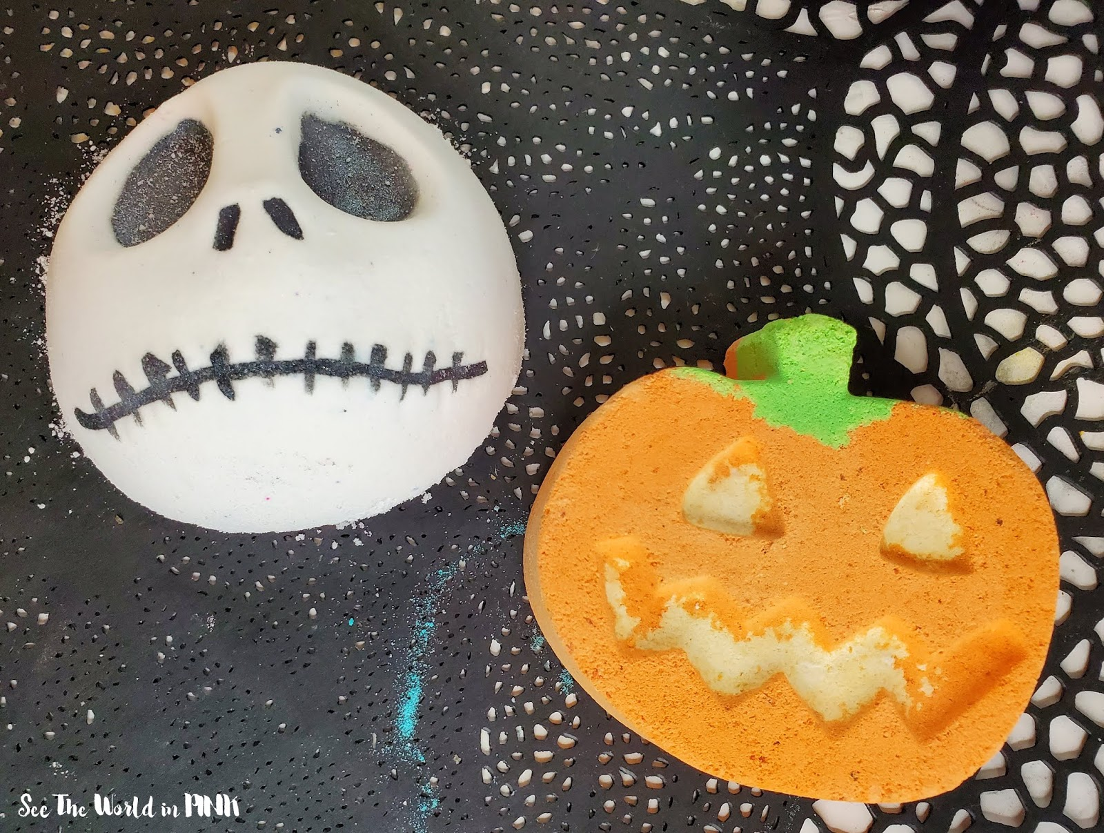 Halloween Bath Bombs!