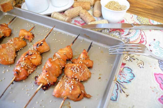 brochetas de pollo, brochetas de pollo con salsa teriyaki, pollo teriyaki al horno, pollo teriyaki fácil, pollo teriyaki receta, teriyaki de pollo, teriyaki salsa, las delicias de mayte,