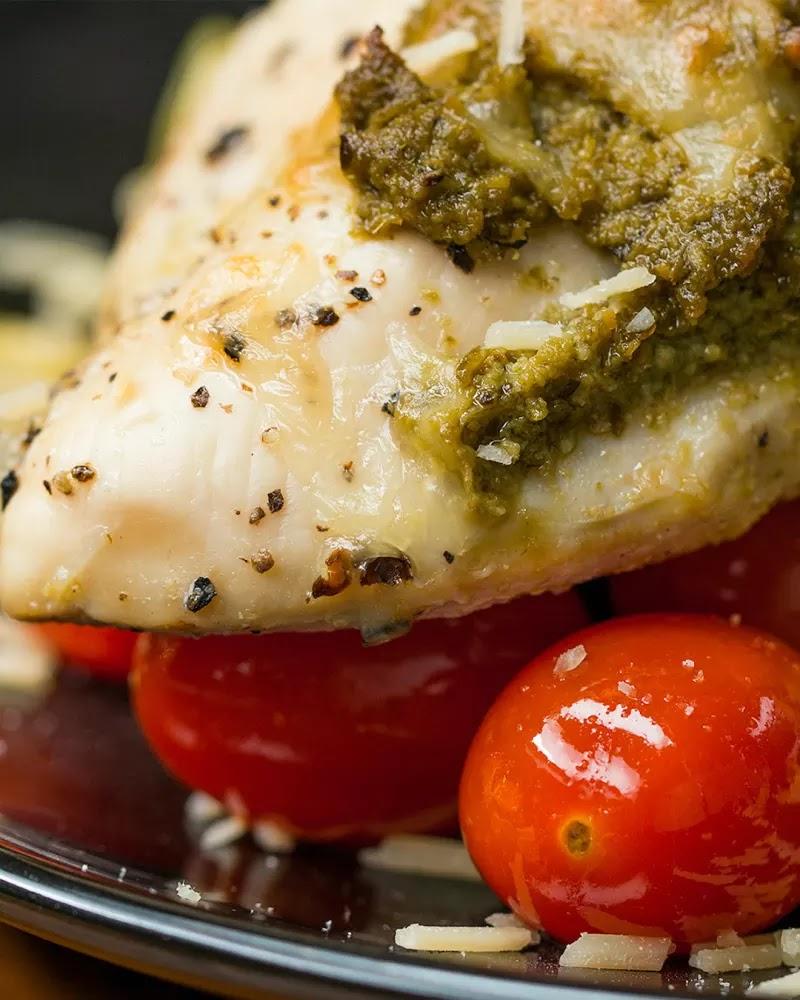 #One-Pan #Pesto #Chicken #& #Veggies