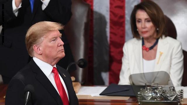 بعد عزل النواب للرئيس ترامب.. تحرك مفاجئ لنانسي بيلوسي يثير تكهنات