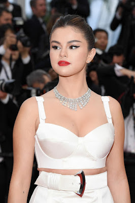 mobile wallpapers hd download, selena gomez pics, iphone wallpapers